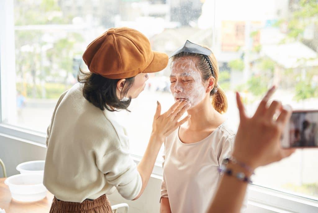 【不要再用清水洗臉了!】有試玫事要保養 洗臉繆思 保養首重清潔卸妝 其他次之 網路迷思 正確觀念 2